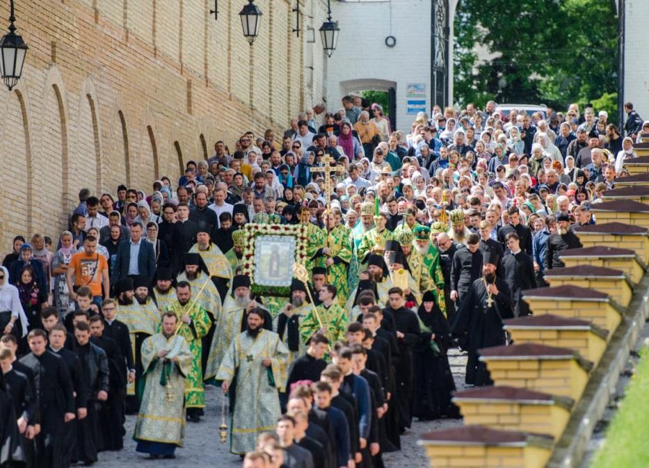 Тысячи православных почтили память преподобного Феодосия Печерского / news.church.ua