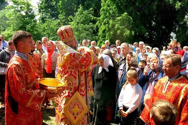 Рівно чверть століття тому в монастирі була відслужена перша літургія / pravoslavie.poltava.ua