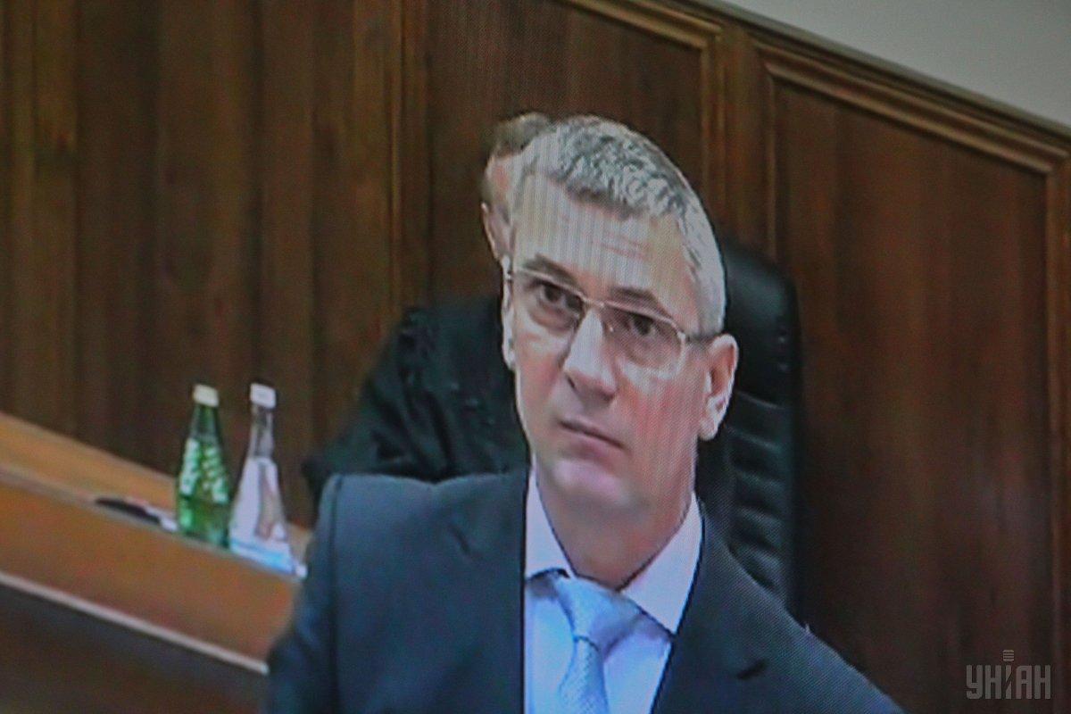 Прежний  командующий МВД Станислав Шуляк заявляет, что Янукович неотрекался отвласти