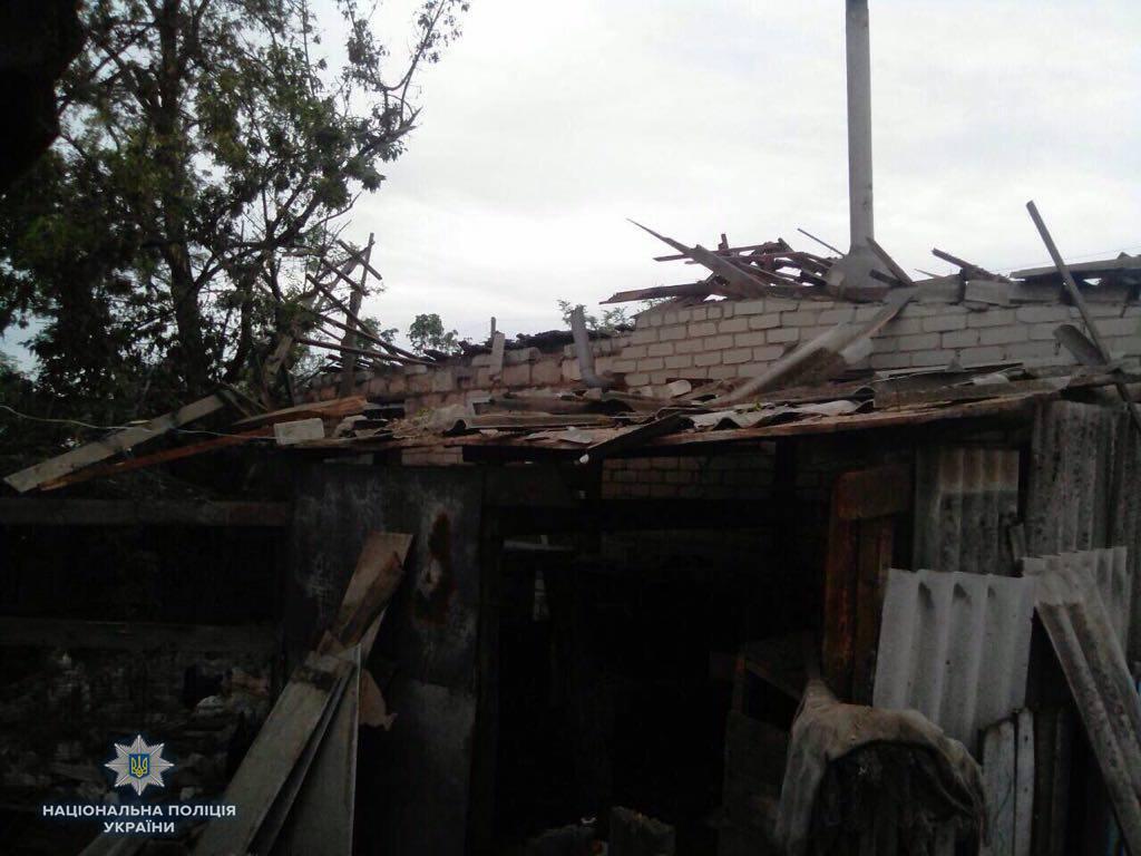 Жебрівський уточнив, що жінка з сім'ї, де вбито двох чоловіків обстрілами житлових кварталів Троїцького, жива / фото facebook.com/csomvd