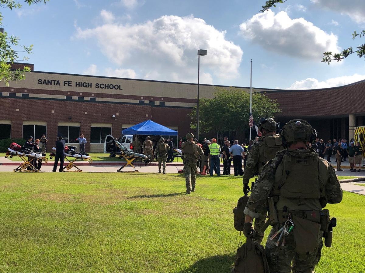Школа в Техасе, в которой произошла стрельба / фото REUTERS