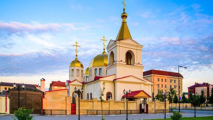 В РПЦ назвали напад на православний храм уГрозному спробою посіяти релігійну ворожнечу / kamaran.ru