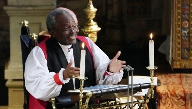 Американский епископ Майкл Карри привлек всеобщее внимание / bbc.com