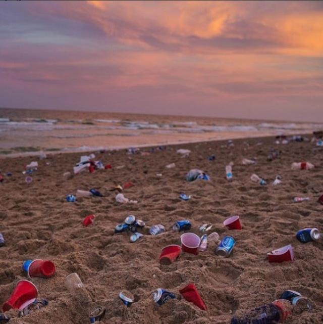 Производителя 40% найденного пластика не удалось установить\ фото nationalgeographic.com