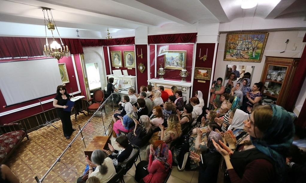 Святогорский заповедник провёл международную акцию «Ночь в музее» / svlavra.church.ua