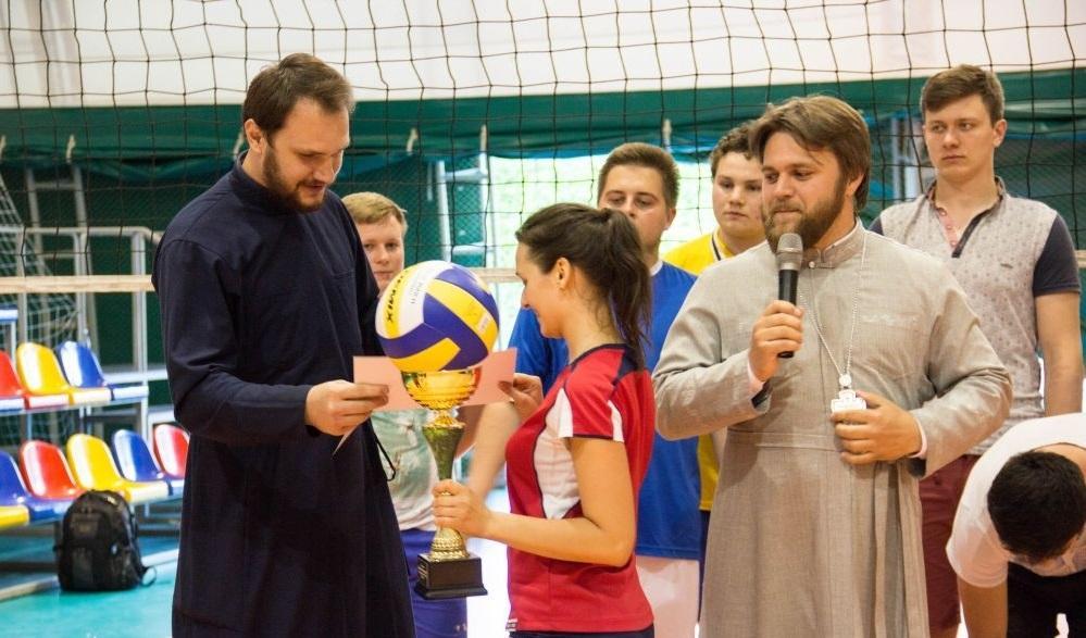 В Одессе состоялся II-й православный межприходской турнир по волейболу / eparhiya.od.ua
