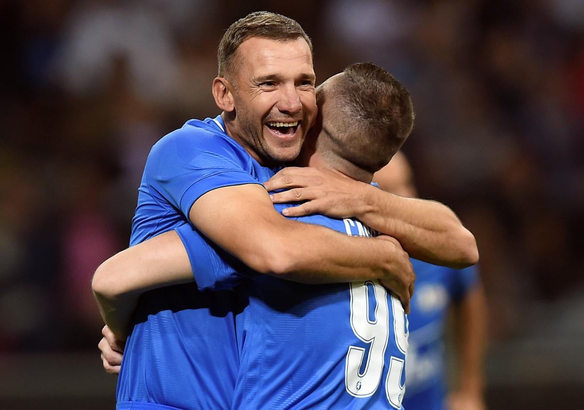 Андрей Шевченко забил гол в прощальном матче Андреа Пирло / REUTERS