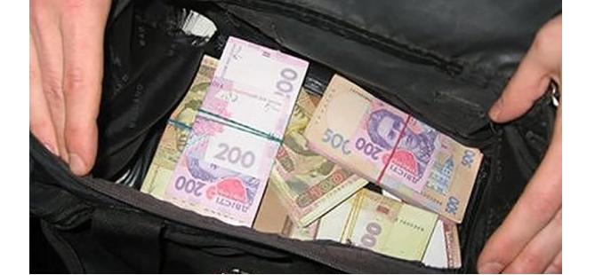 На Тернопольщине украли 28 тысяч гривен, собранных на ремонт храма, иллюстративное фото / zz.te.ua
