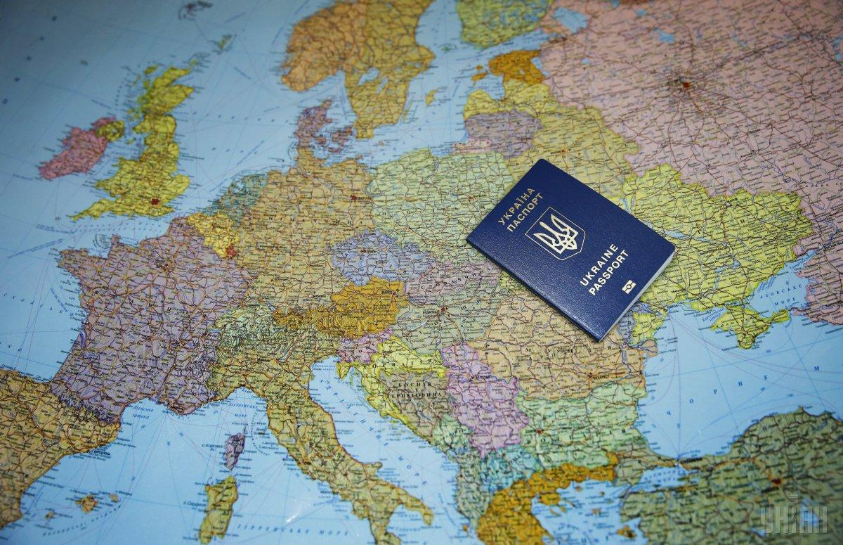 В МИД отвергли предположение о возможной отмене Евросоюзом безвизового режима для украинцев