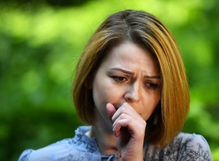 Юлия Скрипаль во время разговора с корреспондентом Рейтер / REUTERS/Dylan Martinez