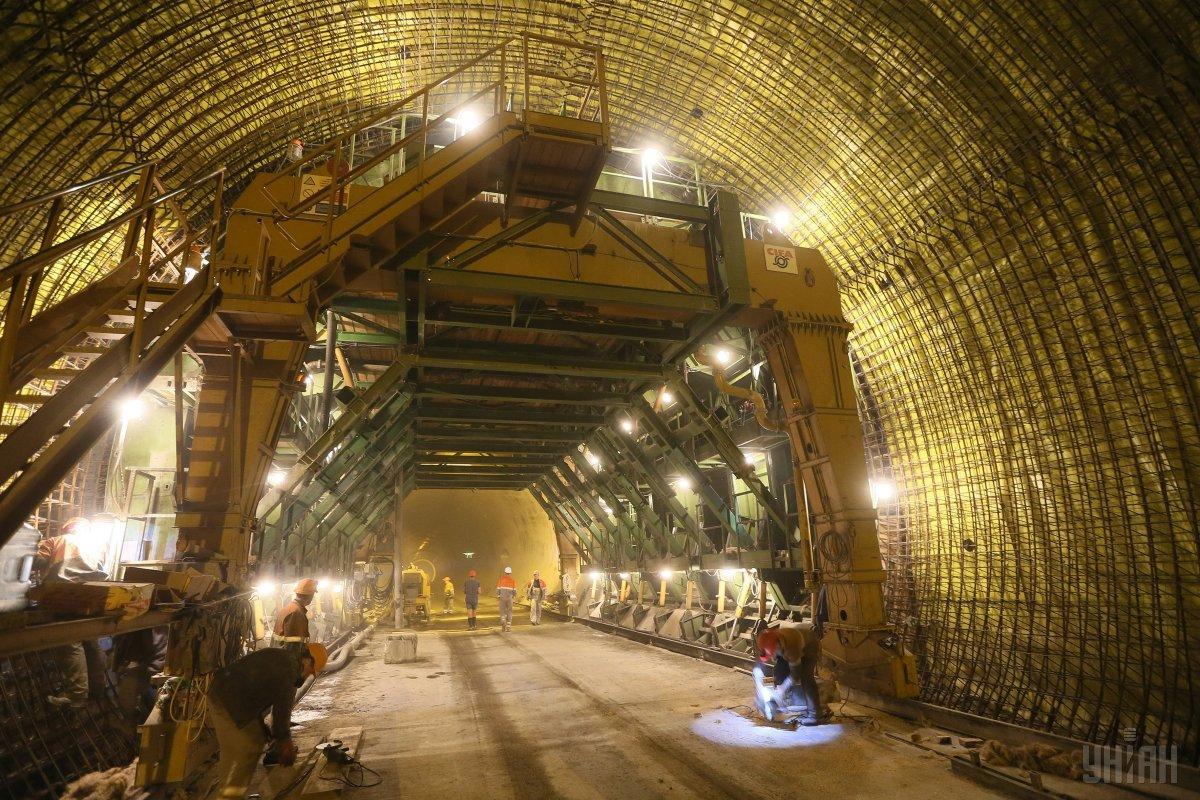 В Украине заработал новый Бескидский тоннель / Фото УНИАН
