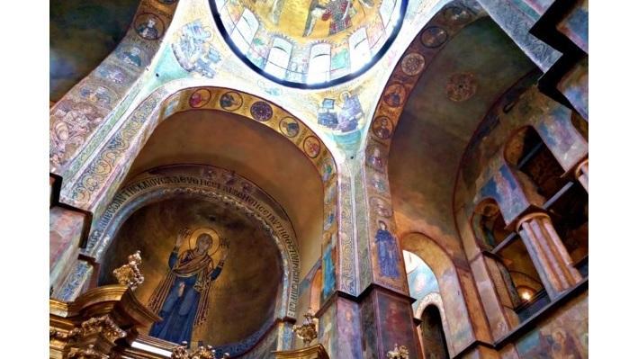 """У Софійському соборі відреставрують старовинні фрески та мозаїки / """"Вечерний Киев"""""""