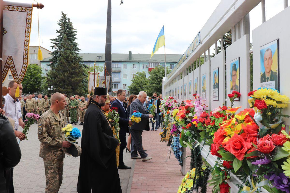 На Волыни почтили память военных-земляков / епархия.укр