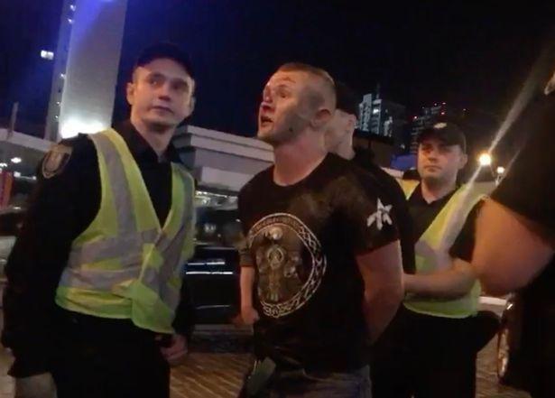 Сотрудники киевской полиции арестовали двух человек, которые участвовали в нападении / Mirror