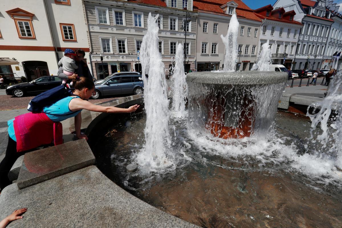 Лето - отличное время для путешествия в Вильнюс / Иллюстрация REUTERS