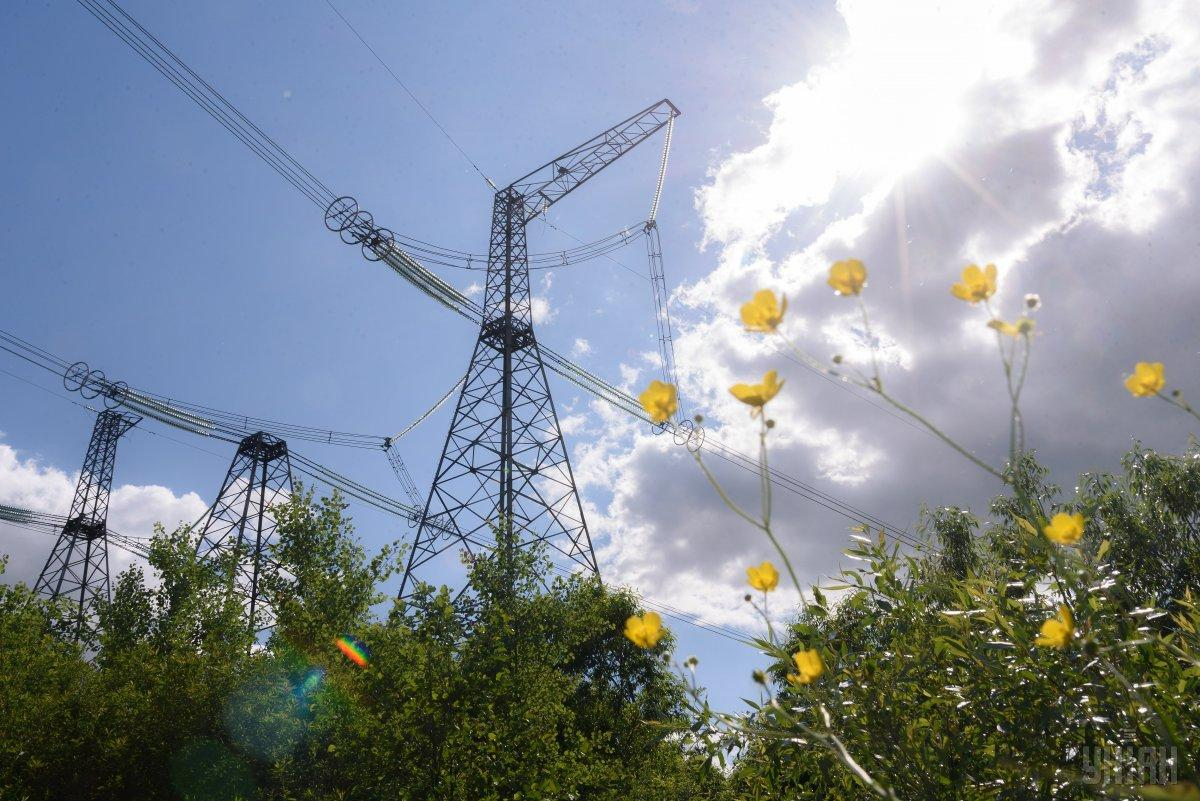 Украине нужна более надежная сеть электроснабжения / фото УНИАН