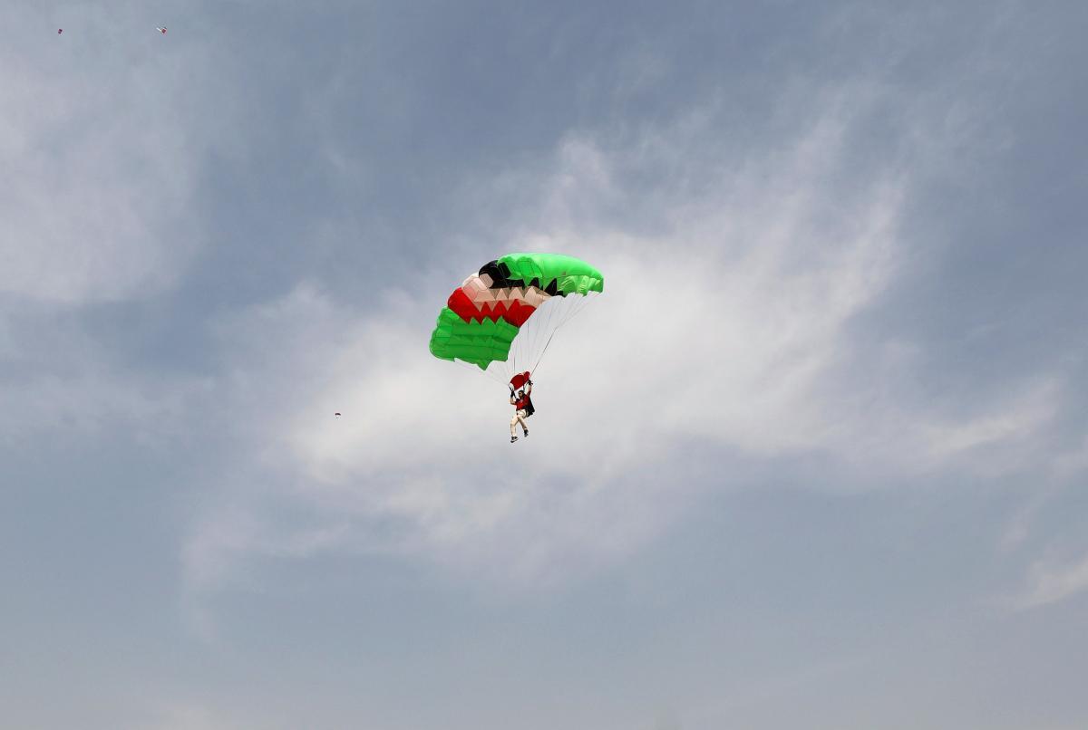 Первый в истории прыжок с парашютом совершил Андре Жак Гарнерен / фотоREUTERS