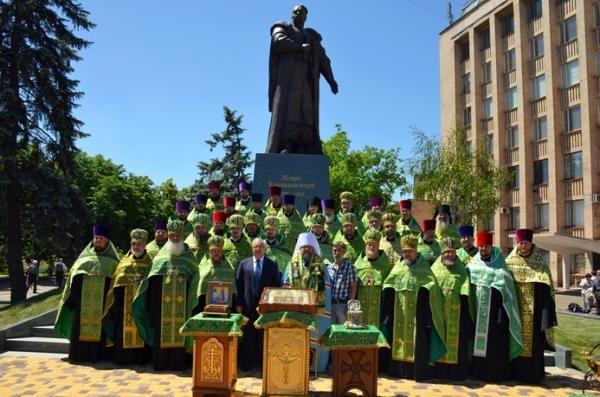 Памятник святому Петру Калнышевскому / foma.in.ua
