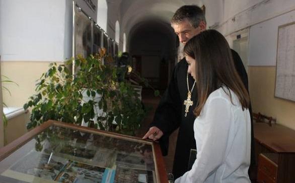 У Тернополі відкрили виставку в пам'ять про Любомира Гузара / te.20minut.ua