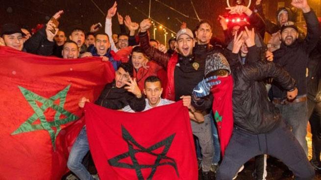 Фанати збірної Марокко вибігли на поле після матчу з командою України / Football.ua
