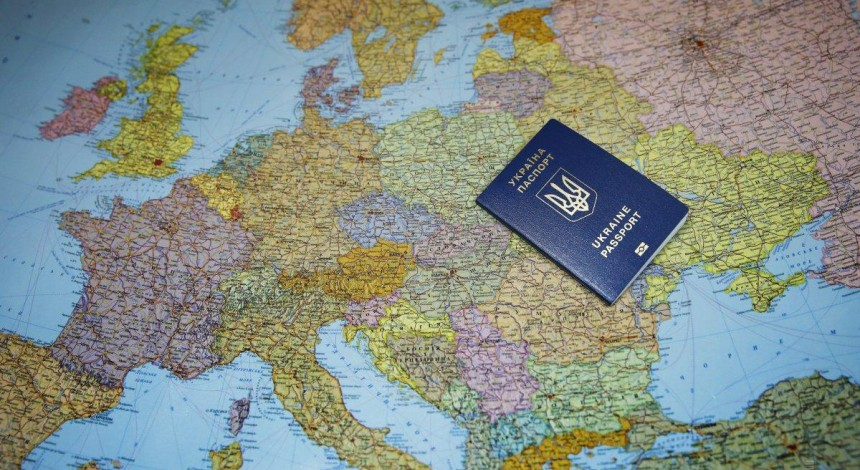Безвизовые страны для украинцев по внутренним паспортам