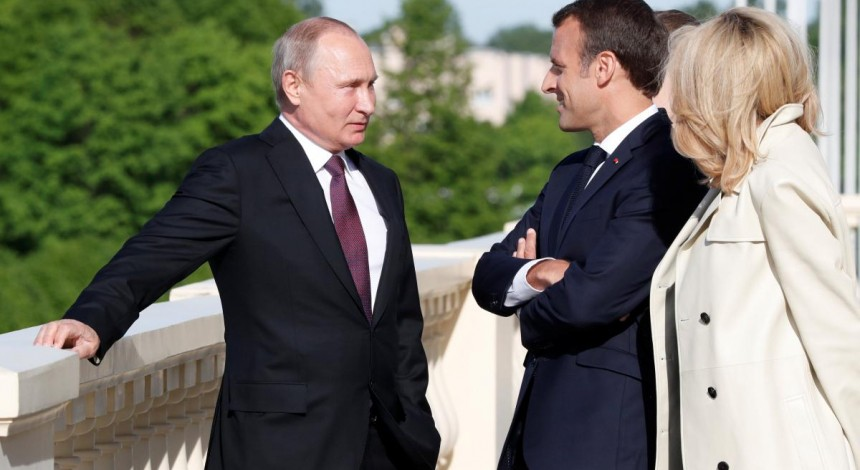 Macron to push Putin to take advantage of recent peace gestures by Ukraine – media