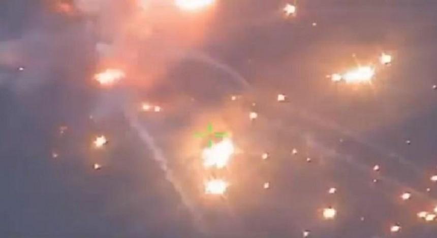 Под Горловкой эвакуируют население из-за подрыва склада боеприпасов (видео)