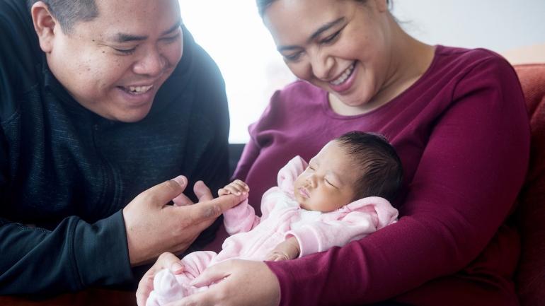 Элианна Обар — первый ребенок, перенесший внутриутробную пересадку стволовых клеток / фото Noah Berger (UCSF)