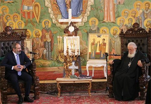 Патриарх Илия II встретился с премьер-министром Армении / apsny.ge