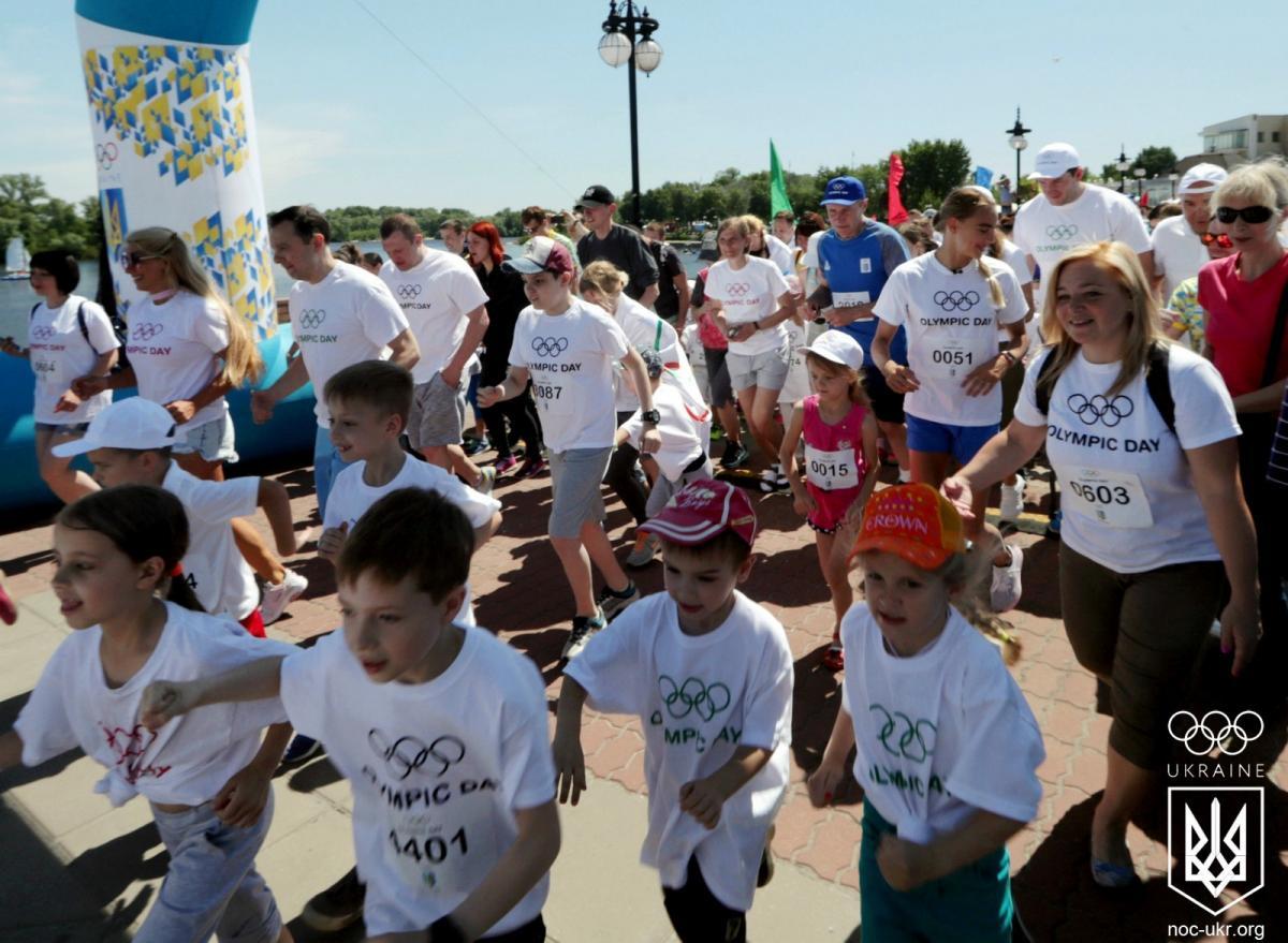 НОК провел традиционный Олимпийский день на Оболонской набережной / noc-ukr.org