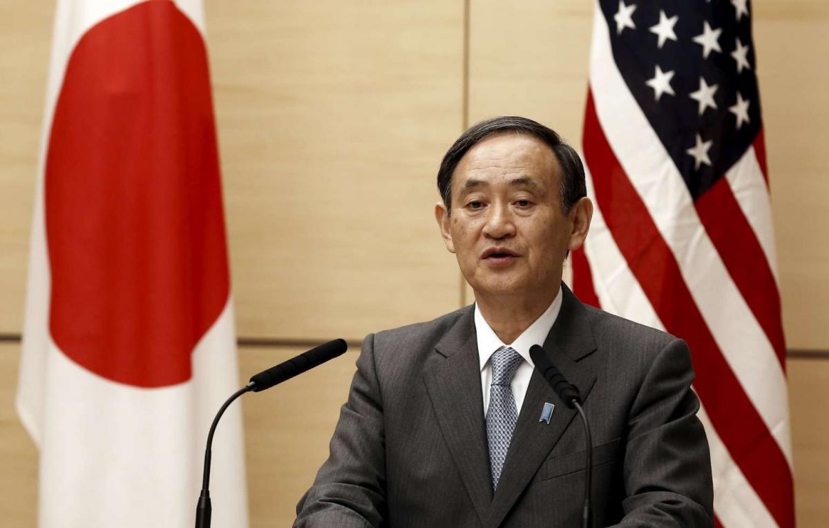 Генсек Кабмина Японии Есихидэ Суга / REUTERS