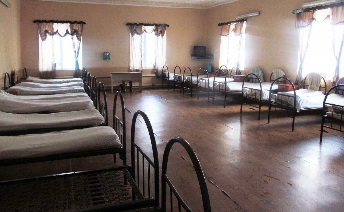 """Днем никто из заключенных не находитсяв комнате - все работают в изоляторе / """"Украинская правда"""""""
