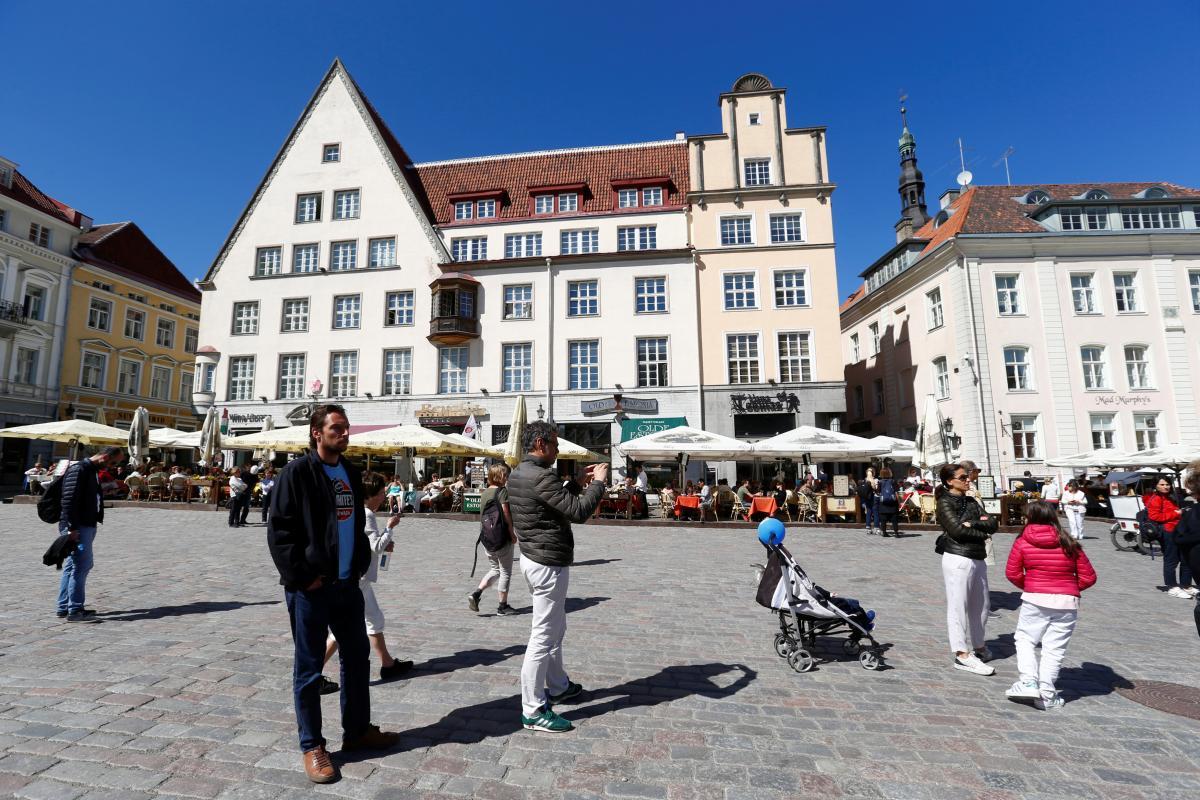 Эстония открывает границы вакцинированным украинцам \ фото REUTERS