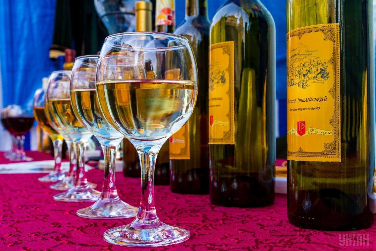 все дороги в Берегово ведут к дурманящему закарпатскому вину / Фото УНИАН