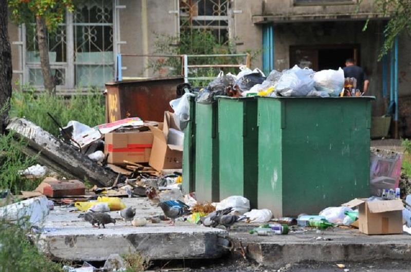 Возле мусорных баков в шкафу было обнаружено тело женщины/ Фото yo_dmitriy via flickr.com