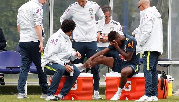 Фред рискует пропустить чемпионат мира из-за травмы / Reuters