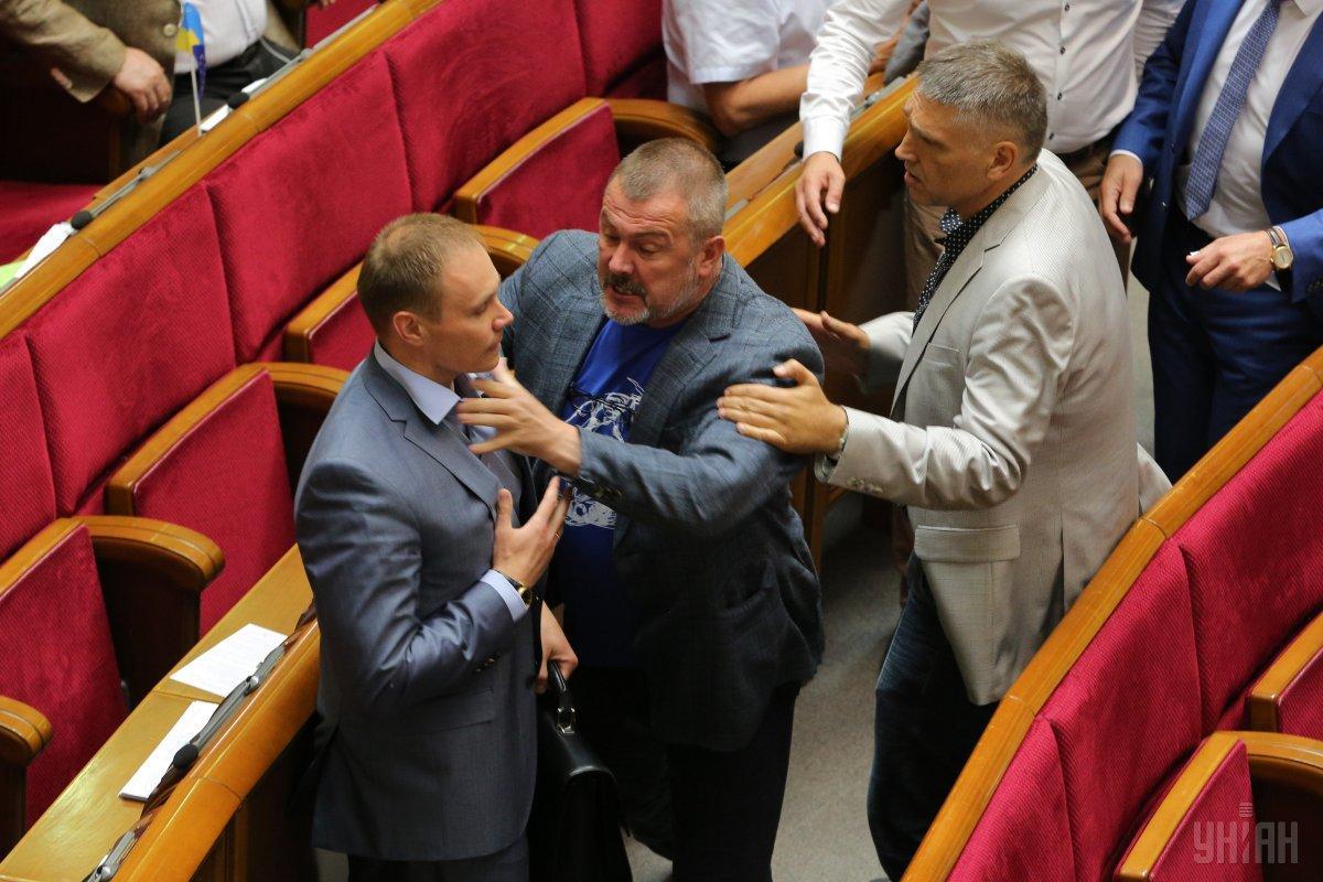 Стычка произошла из-за депутата Мураева, назвавшего Сенцова террористом / УНИАН