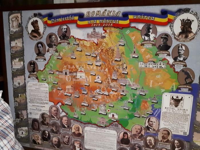 """Правоохоронці навідались до громадської організації, що показувала карту """"Великої Румунії"""" у Чернівцях / СБУ"""