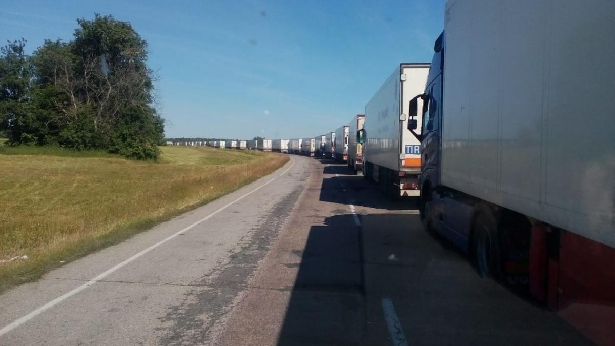 На границе с РФ застряли десятки грузовиков / dpsu.gov.ua