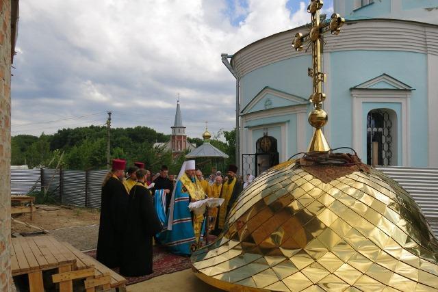 В Полтаве освятили купол и крест для колокольни / pravoslavie.poltava.ua