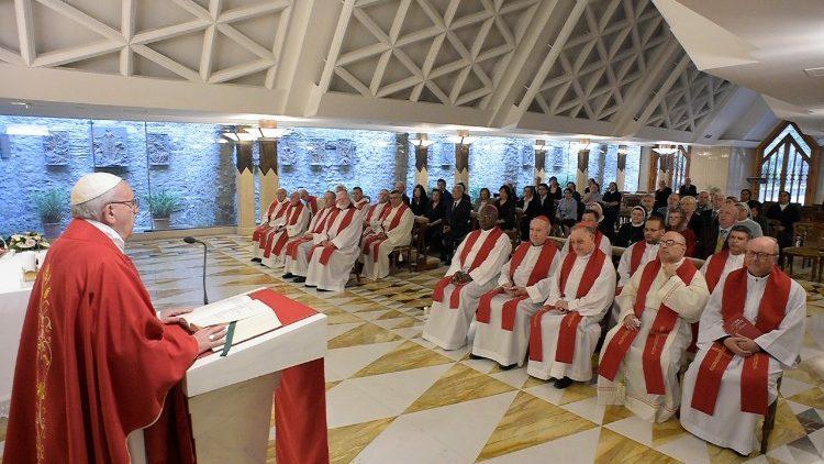 "Меса в каплиці ""Дому святої Марти"" / vaticannews.va"