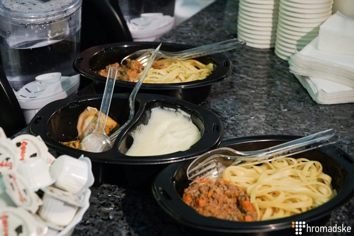 Стоимость первых и основных блюд будет от 38 гривен за порцию / фото hromadske.ua