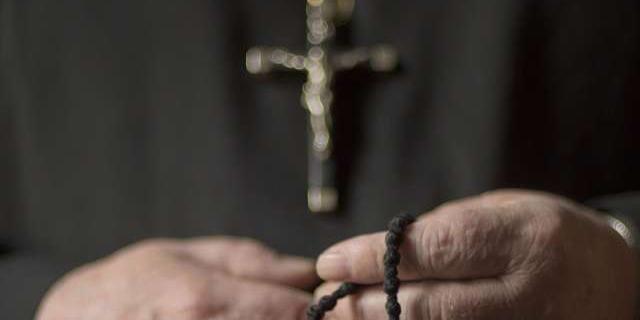 На Філіппінах вбили священика / sedmitza.ru, ілюстративне фото