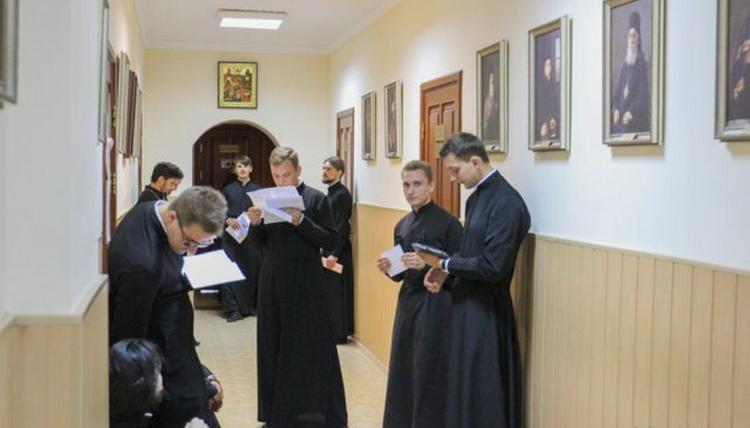 Прием документов будет проводиться с 16 июня до 27 июля / news.church.ua