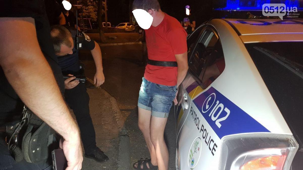 Вночі уцентрі Миколаєві двоє невідомих зґвалтували 12-річну дівчинку / 0512 фото