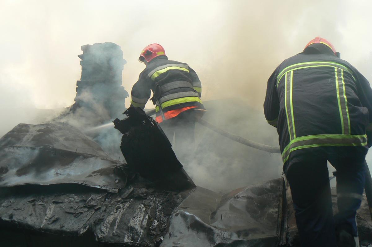 На Хмельниччині блискавки призвели до пожеж / ДСНС