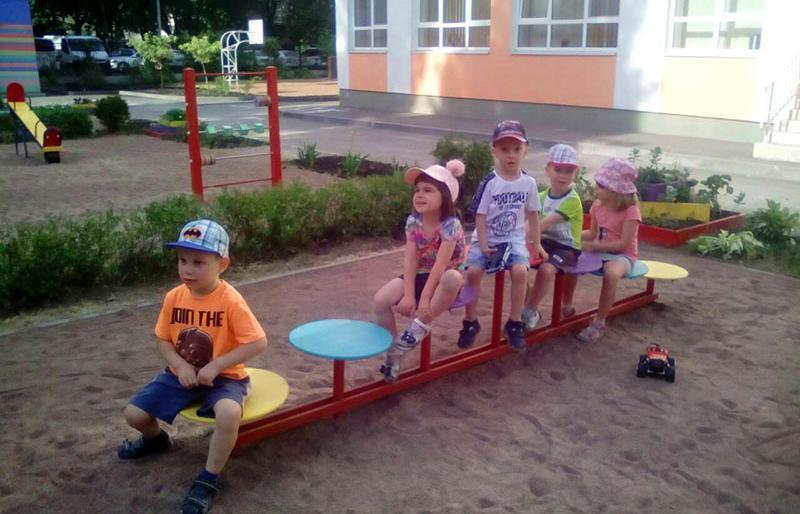 Мать утверждает, что в садике ребенка довели до невроза / фото 44.ua