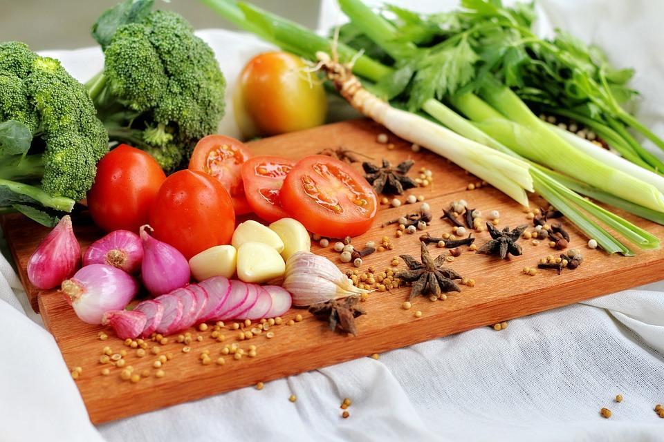 Супрун радить їсти багато овочів та фруктів / фото pixabay.com