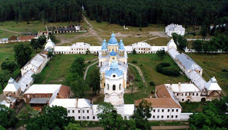 Коневский монастир / globus.aquaviva.ru