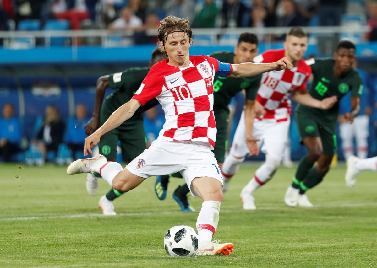 Лука Модрич забил пенальти в ворота сборной нигерии / Reuters